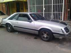 ford mustang año 84